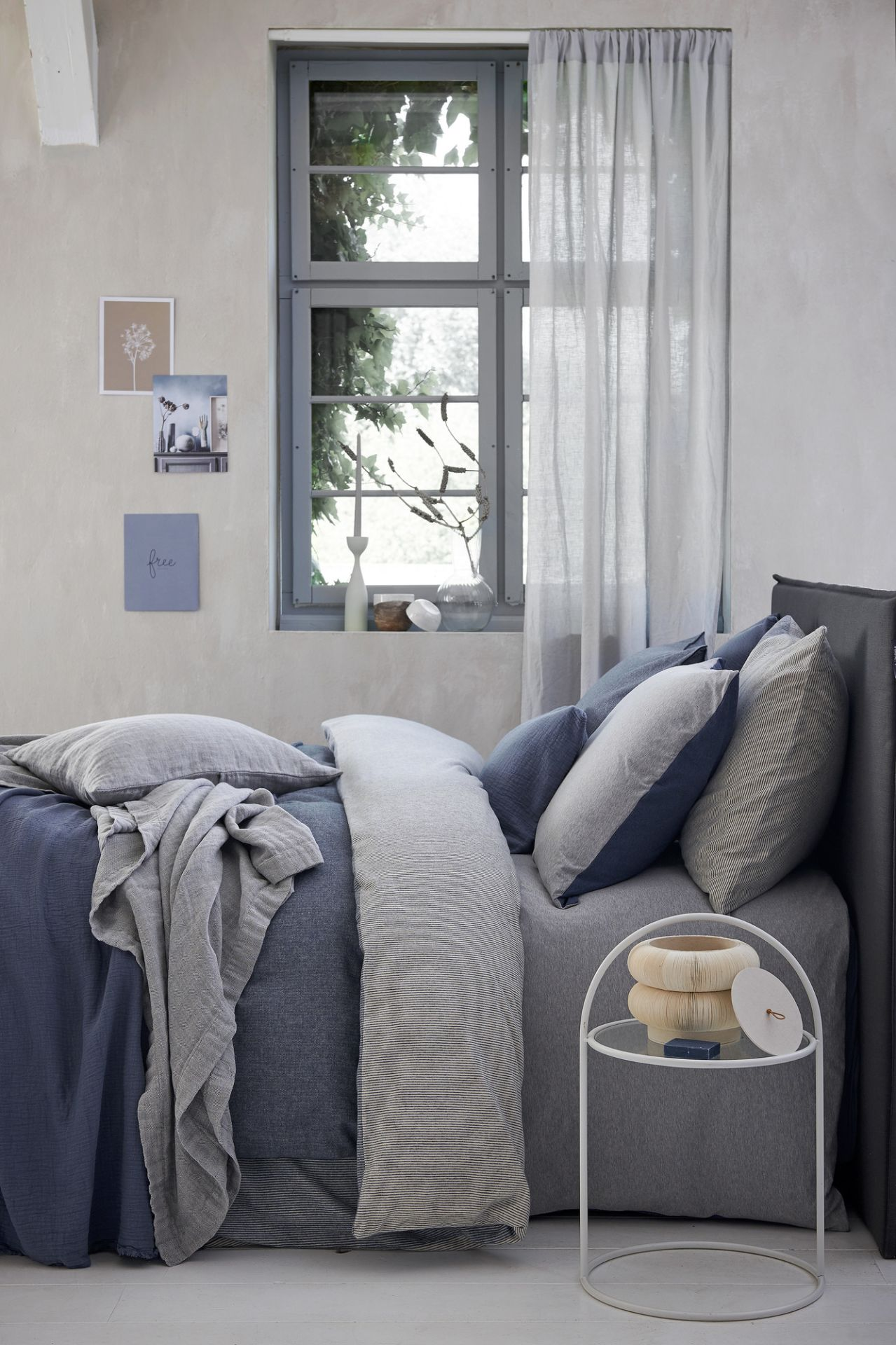 VanDyck bedtextiel Home 79, Home 80 184 Faded denim, Home 84 Multi, Pure 22 011 grey, Pure 8 184 faded denim bij Den Ouden Wonen & Projecten in Mijdrecht